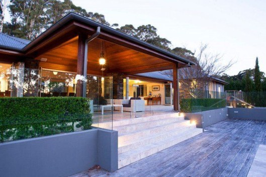 Welcoming Contemporary Porch Designs29