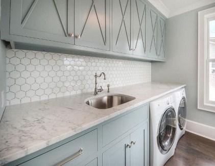 Amazing Laundry Room Tile Design16