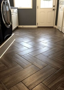 Amazing Laundry Room Tile Design22