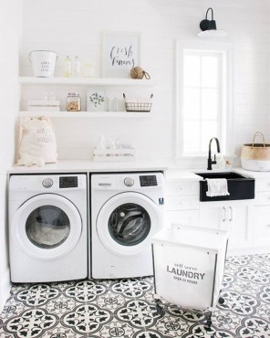 Amazing Laundry Room Tile Design24