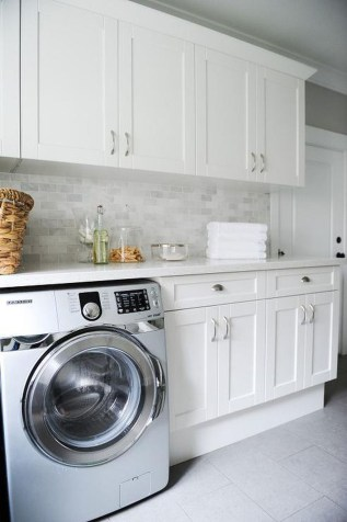 Amazing Laundry Room Tile Design35