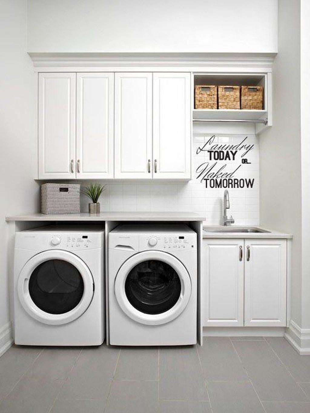 Amazing Laundry Room Tile Design42