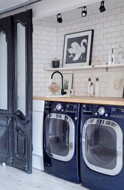 Amazing Laundry Room Tile Design47