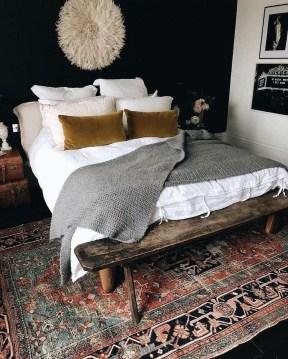 Comfy Urban Master Bedroom Ideas41