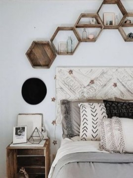 Comfy Urban Master Bedroom Ideas42