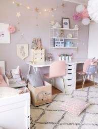 Lovely Girly Bedroom Design18