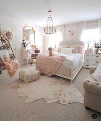 Lovely Girly Bedroom Design41
