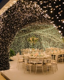 Lovely Winter Wedding Decoration40