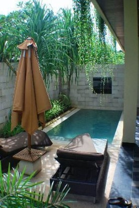 Marvelous Small Swimming Pool Ideas12