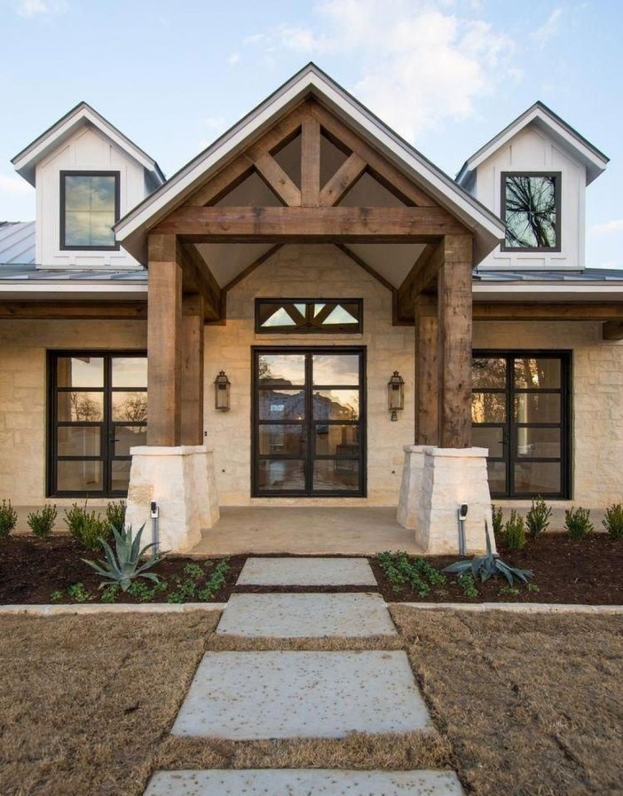 Modern Farmhouse Exterior Design27