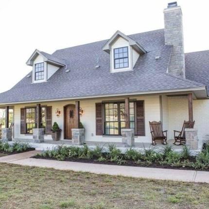 Modern Farmhouse Exterior Design28
