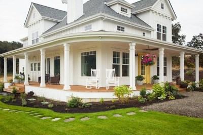 Modern Farmhouse Exterior Design35