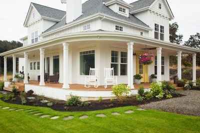 Modern Farmhouse Exterior Design35