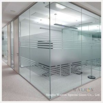 Modern Glass Wall Design18