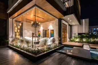Modern Glass Wall Design24