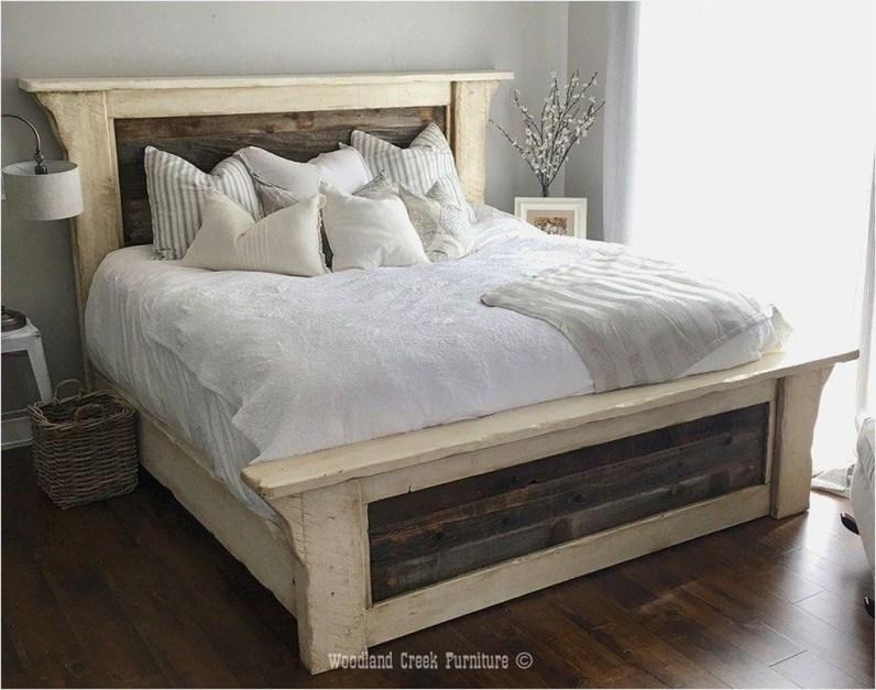 Modern White Farmhouse Bedroom Ideas01