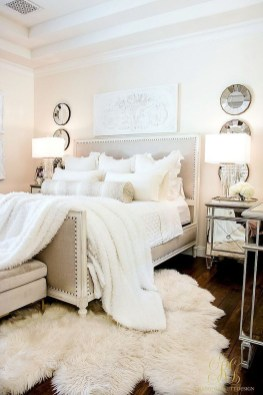 Modern White Farmhouse Bedroom Ideas37