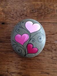 Smart Painted Rock Ideas11