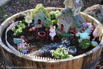 Beautiful Fairy Garden Ideas05