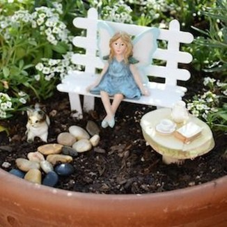 Beautiful Fairy Garden Ideas25