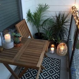 Comfy Apartment Balcony Decorating21