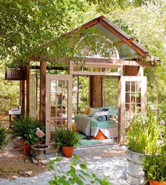 Awesome Comfy Backyard Studio Ideas31