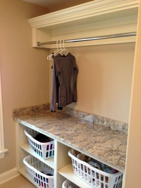 Beautiful Laundry Room Tile Design15