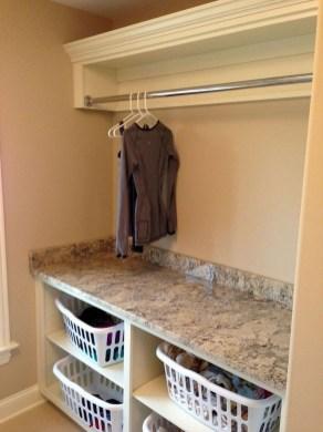 Beautiful Laundry Room Tile Design15