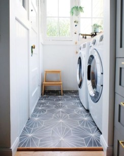 Beautiful Laundry Room Tile Design21