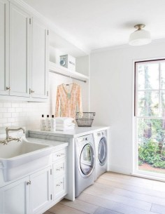 Beautiful Laundry Room Tile Design22