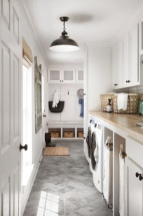 Beautiful Laundry Room Tile Design31