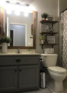 Best Farmhouse Bathroom Remodel05