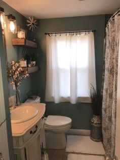 Best Farmhouse Bathroom Remodel19