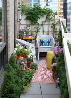 Exciting Small Balcony Decorating For Farmhouse46