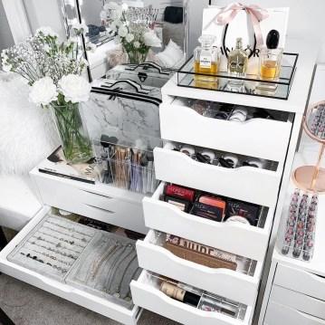 Lovely Bedroom Storage Ideas42