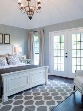 Lovely Urban Farmhouse Master Bedroom Remodel Ideas07