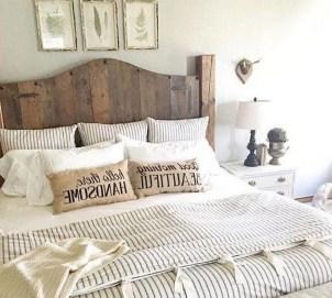 Lovely Urban Farmhouse Master Bedroom Remodel Ideas11