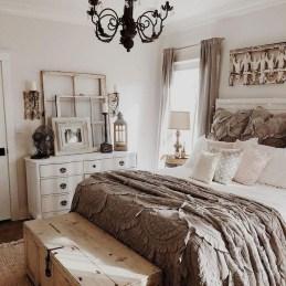 Lovely Urban Farmhouse Master Bedroom Remodel Ideas22