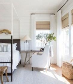 Lovely Urban Farmhouse Master Bedroom Remodel Ideas44