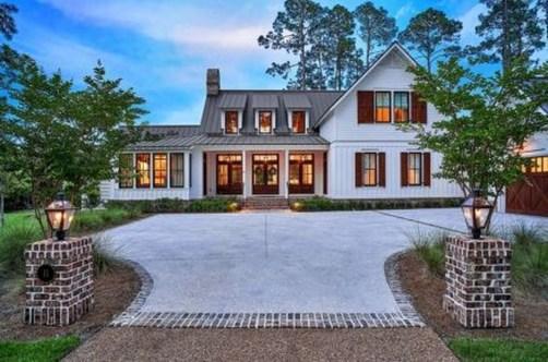 Marvelous Farmhouse Exterior Design Ideas20