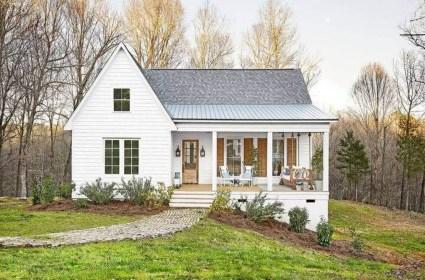 Marvelous Farmhouse Exterior Design Ideas23