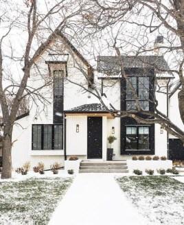 Marvelous Farmhouse Exterior Design Ideas31