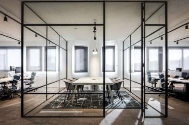 Modern Glass Wall Interior Design Ideas05