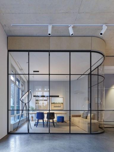 Modern Glass Wall Interior Design Ideas06