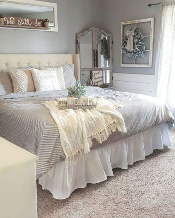 Smart Modern Farmhouse Style Bedroom Decor08