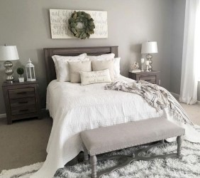 Smart Modern Farmhouse Style Bedroom Decor12