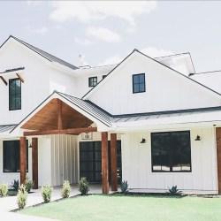 Top Modern Farmhouse Exterior Design10