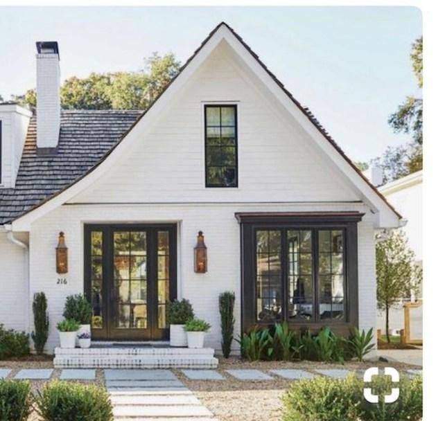 Top Modern Farmhouse Exterior Design34
