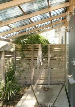 Amazing Outdoor Bathroom Design Ideas06
