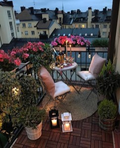 Awesome Small Balcony Ideas For Apartment22